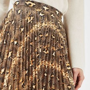 Topshop snake midi skirt 🖤🐍✨